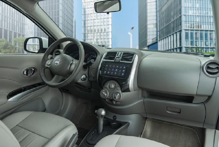 Nissan Sunny : Quá đủ cho gia đình với 5 chỗ ngồi